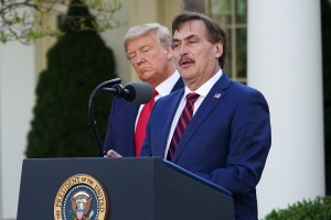 Trump Calls in Pillow Salesman to Discuss Possibility of Instituting Martial Law