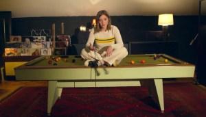 Jade Bird Performs Her Riveting New Song 'Headstart' on 'Fallon'