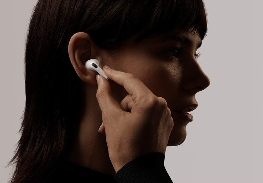 airpods pro noise cancelling earbuds