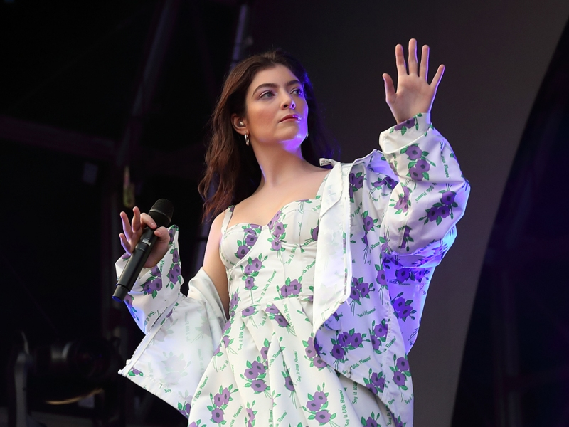 LONDON, ENGLAND - MAY 26: Lorde performs at All Points East Festival at Victoria Park on May 26, 2018 in London, England. (Photo by Burak Cingi/Redferns)