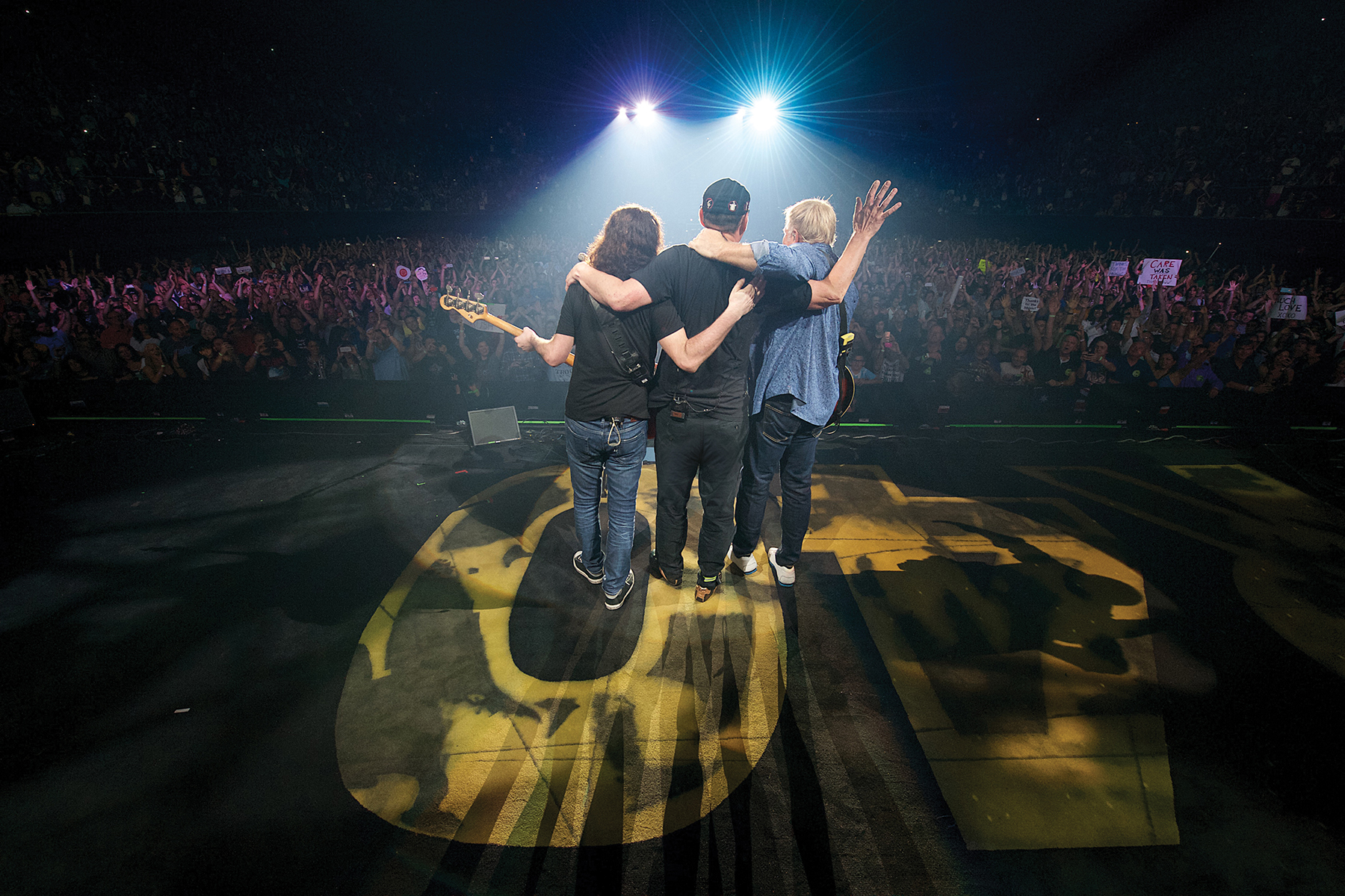 A FAREWELL TO KINGS: For the first time, Peart took a bow with his bandmates, at their final show, in 2015.