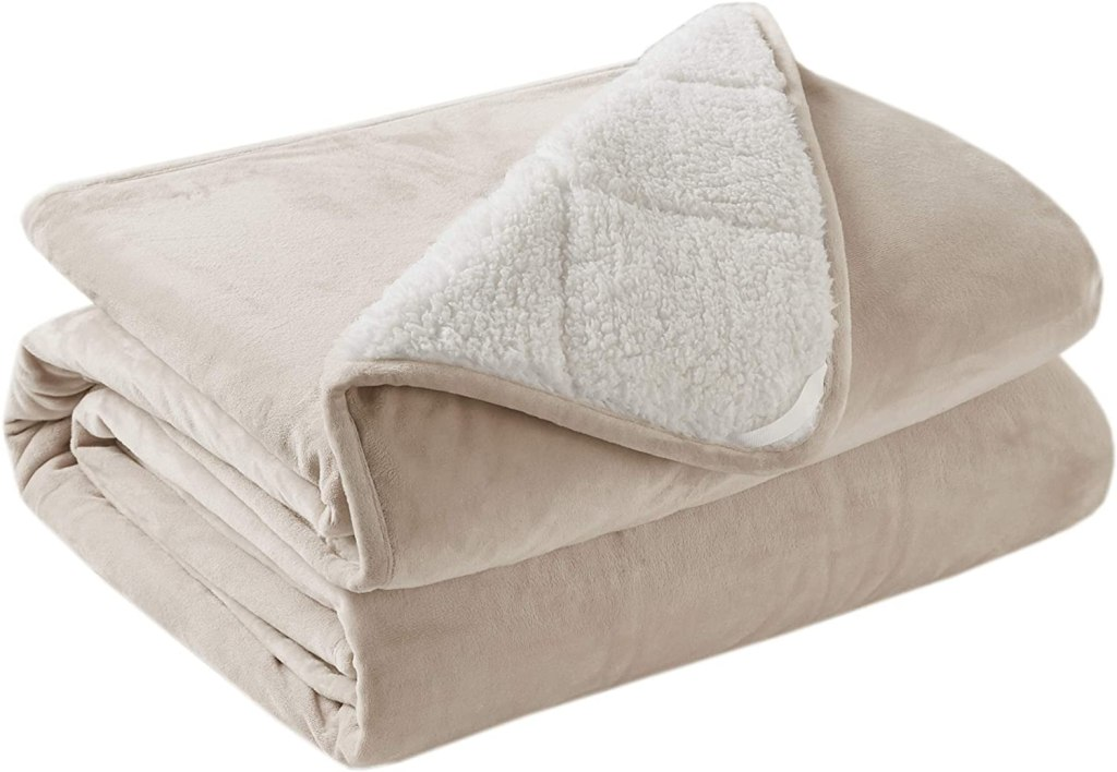 sherpa weighted throw