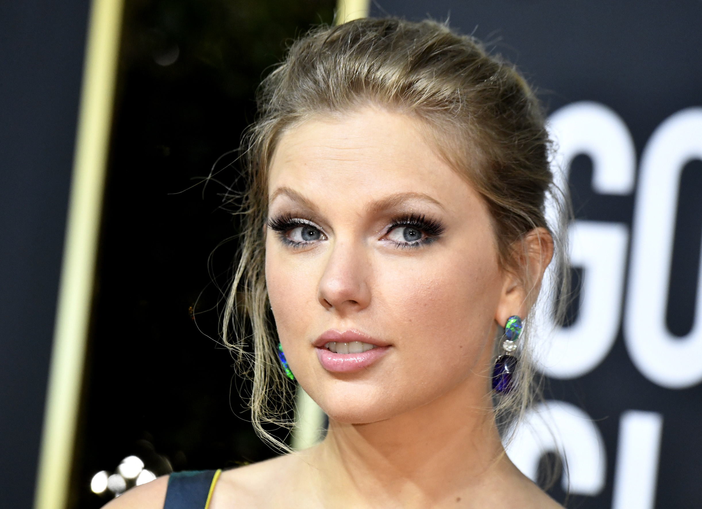 Taylor Swift Releases Lyric Video for Re-Recorded 'Love Story' – Rolling Stone