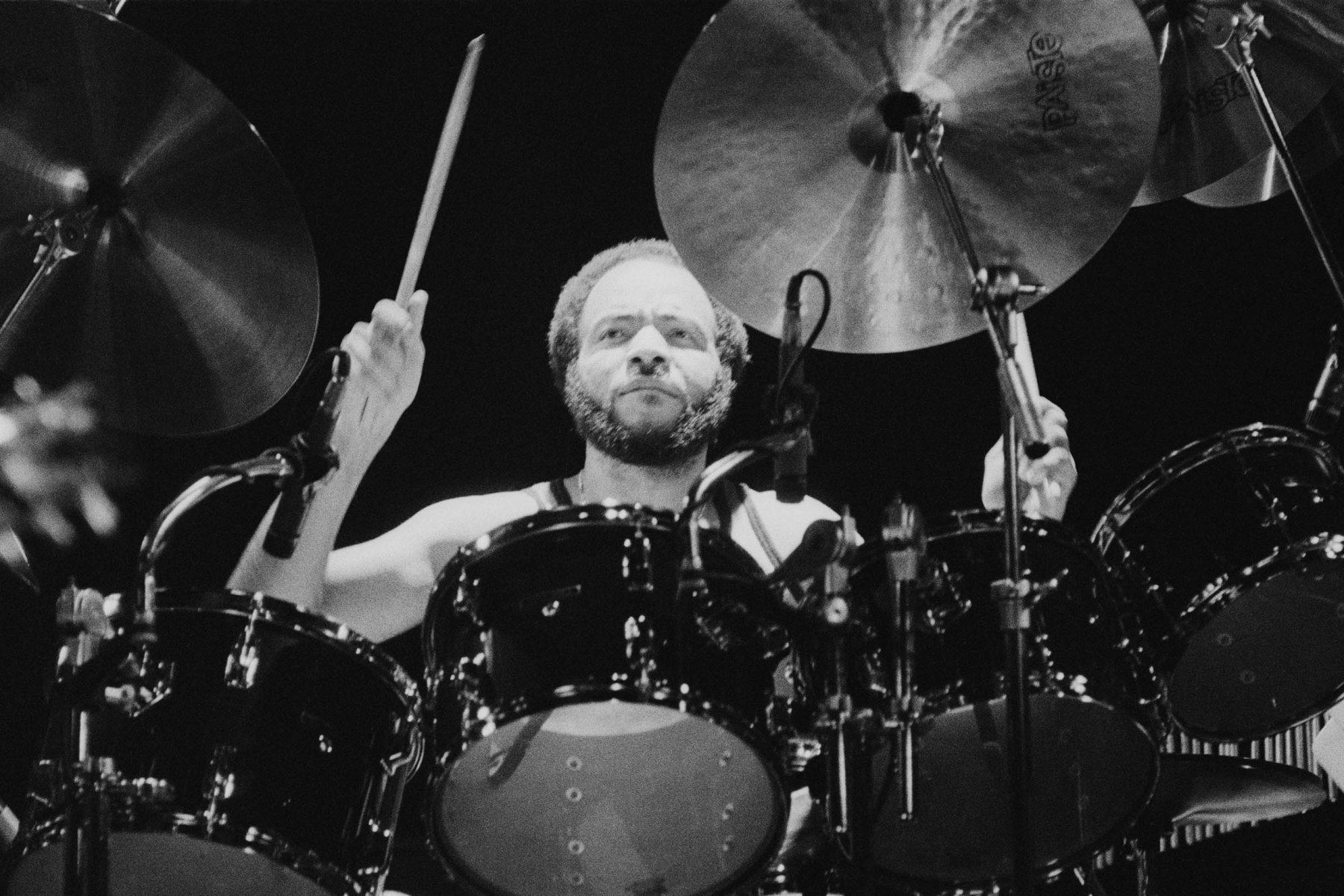 American drummer Chester Thompson performing with English progressive rock group Genesis, at the Broome County Veterans Memorial Arena, Binghamton, New York, USA, 28th March 1978. (Photo by Michael Putland/Getty Images)