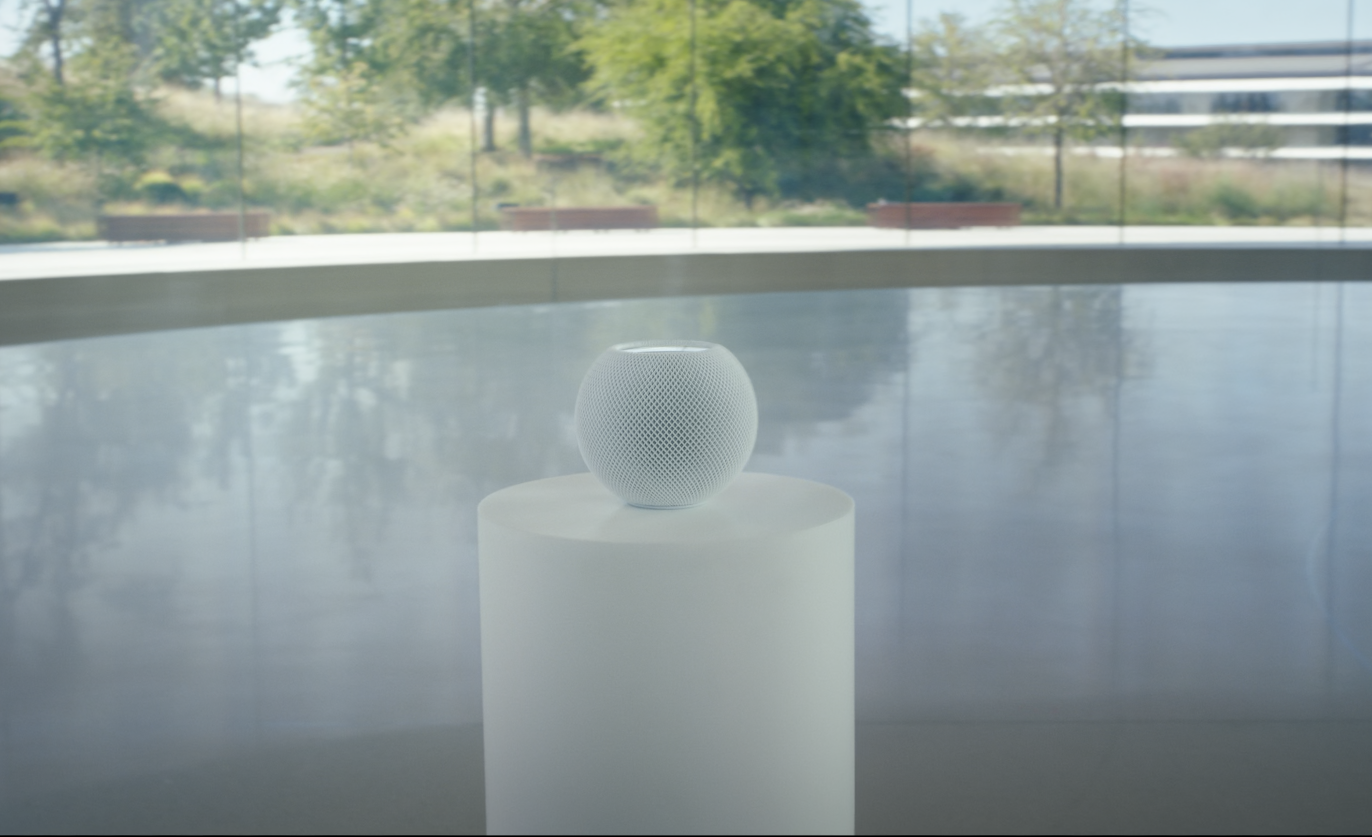 These Wireless Speakers Were Designed to Work Better With iPhones, iPads, and Macs