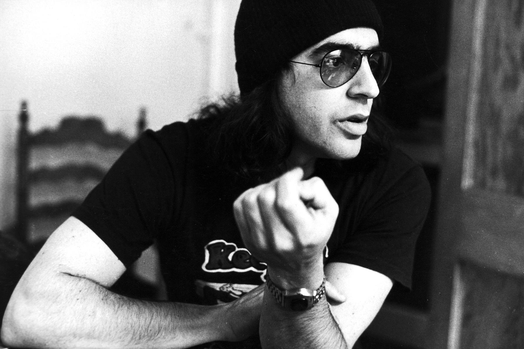 Producer Elliot Mazer, portrait, London, October 1973. (Photo by Michael Putland/Getty Images)