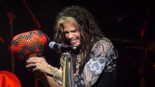 See Steven Tyler Sing 'Rattlesnake Shake' With Mick Fleetwood and Friends.jpg