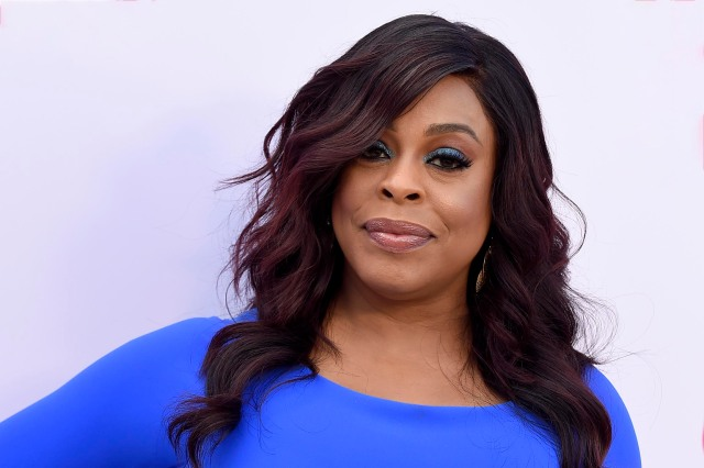 Niecy Nash to Host Virtual 32nd Annual GLAAD Media Awards.jpg