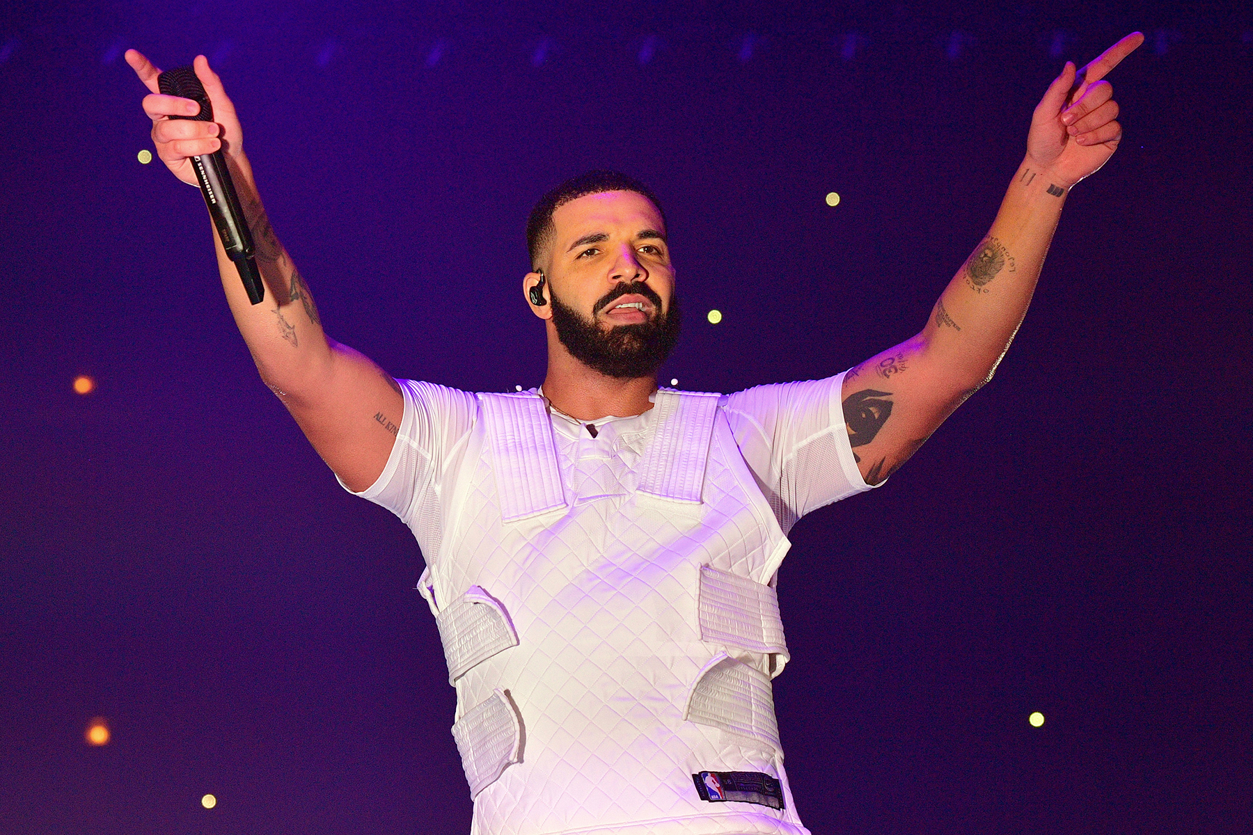 Drake Holds on at Number One on Artists 500 Chart