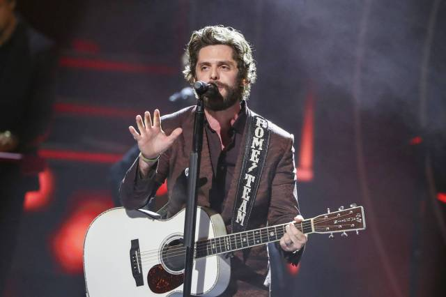 Thomas Rhett Previews New Double Album With Reflective 'Growing Up'.jpg