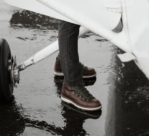 Danner-Mountain-Pass-Boots