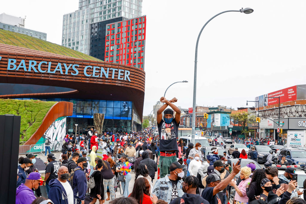 NEW YORK, NEW YORK - APRIL 24: A view of the crowd outside during the Memorial Service Held For Rapper DMX at Barclays Center on April 24, 2021 in New York City. (Photo by Arturo Holmes/Getty Images)