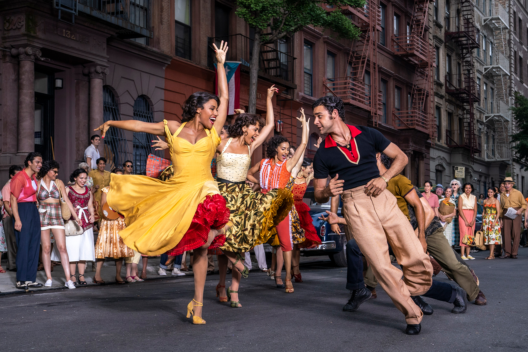 West Side Story': Trailer for Steven Spielberg's New Adaptation - Rolling  Stone