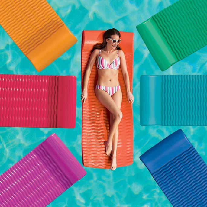 Frontgate Resort Pool Float