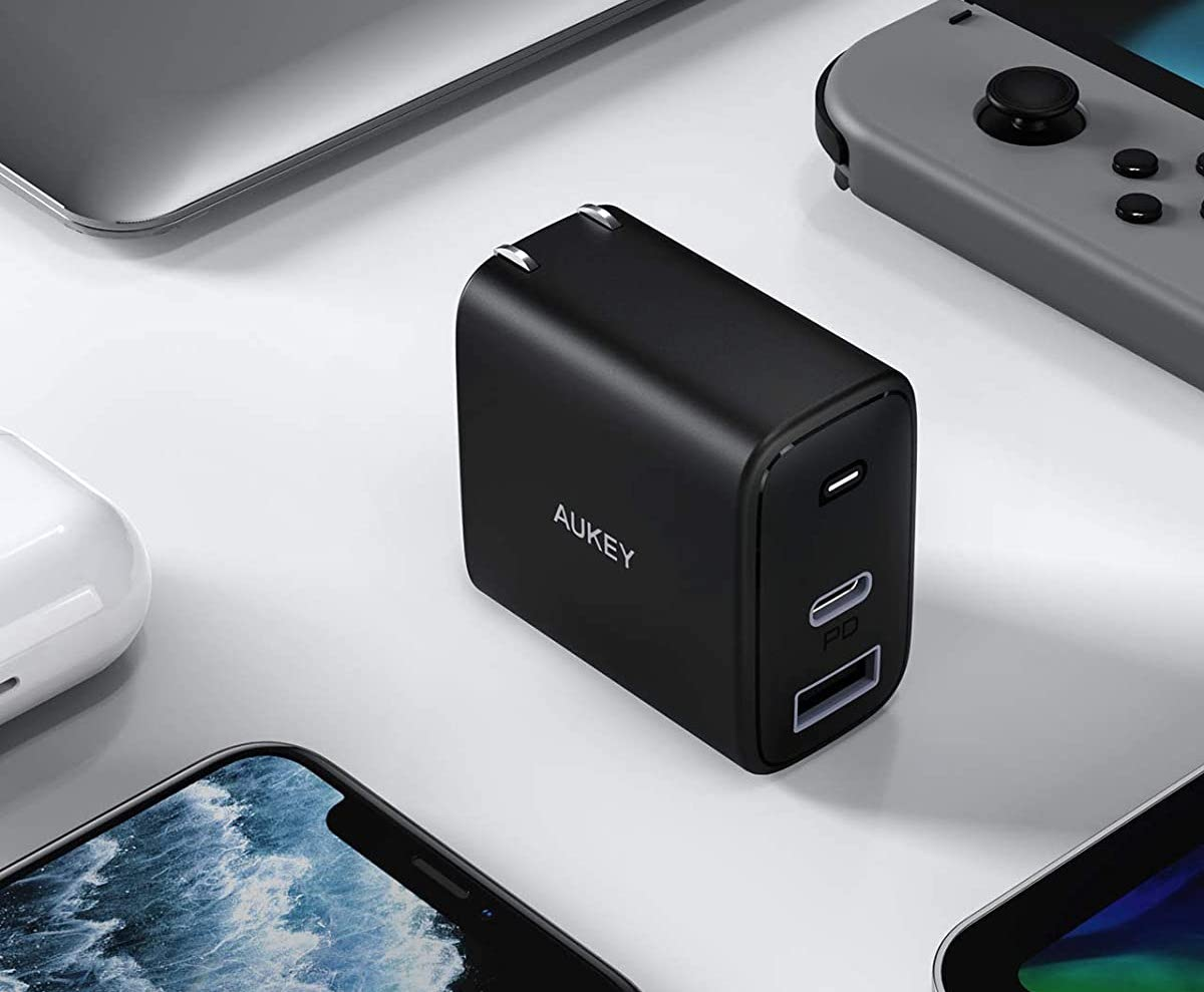 AUKEY Swift 32W Charger