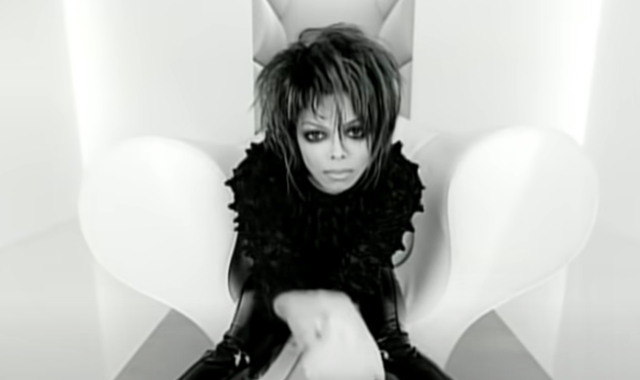 Janet Jackson's 'Scream' Outfit Sells for $125,000 at Auction.jpg
