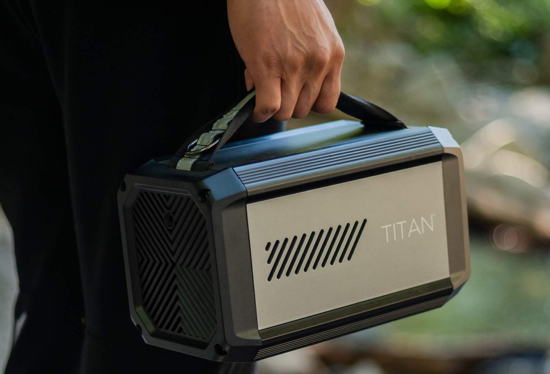 Raptic Titan Portable Power Station