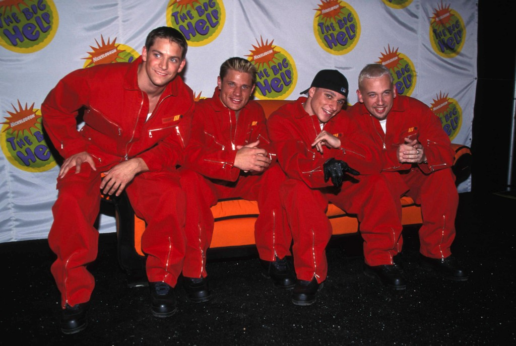 98 Degrees At The 5Th Annual Big Help-A-Thon At Pacific Park Los Angeles, CA 10-17-1998. Credit: 2996442Globe Photos/MediaPunch /IPX