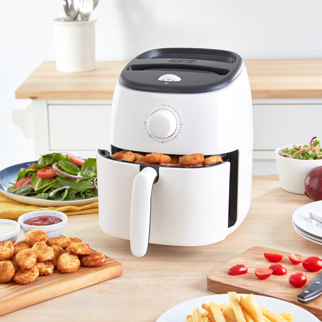 Dash Tasti-Crisp 2.6qt Air Fryer