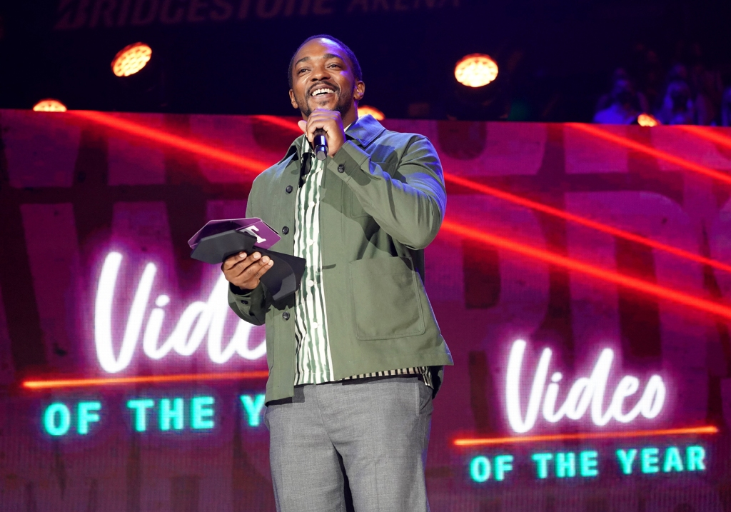 NASHVILLE, TENNESSEE - JUNE 09: Anthony Mackie speaks onstage for the 2021 CMT Music Awards at Bridgestone Arena on June 09, 2021 in Nashville, Tennessee. (Photo by Erika Goldring/Getty Images for CMT)