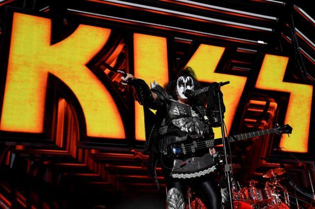 See Kiss Perform Mini-Concert at Tribeca Film Festival.jpg