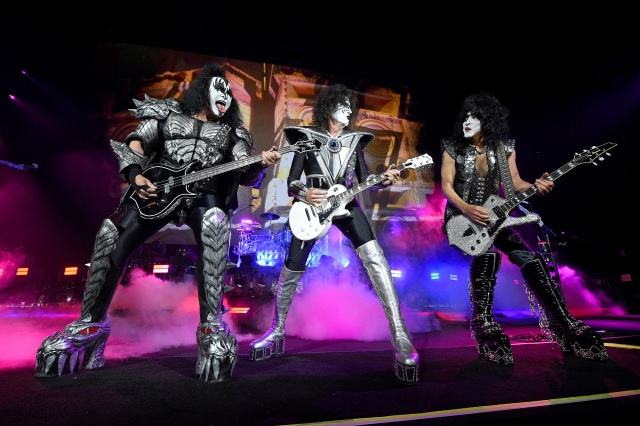 Kiss Announce Final Stretch of 'End of the Road Tour' for 2021.jpg