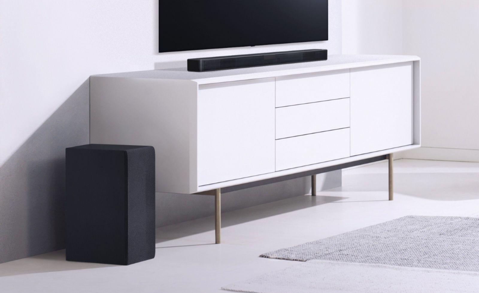 LG 2.1-Channel 300W Soundbar System