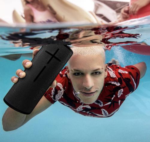 Ultimate-Ears-Megaboom-3-Portable-Waterproof-Speaker