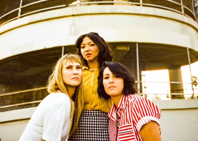 Surf Rockers La Luz Return With First Song in Three Years, 'In the Country'.jpg