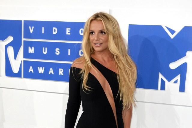 Lawmakers Propose Bipartisan 'Free Britney' Bill.jpg