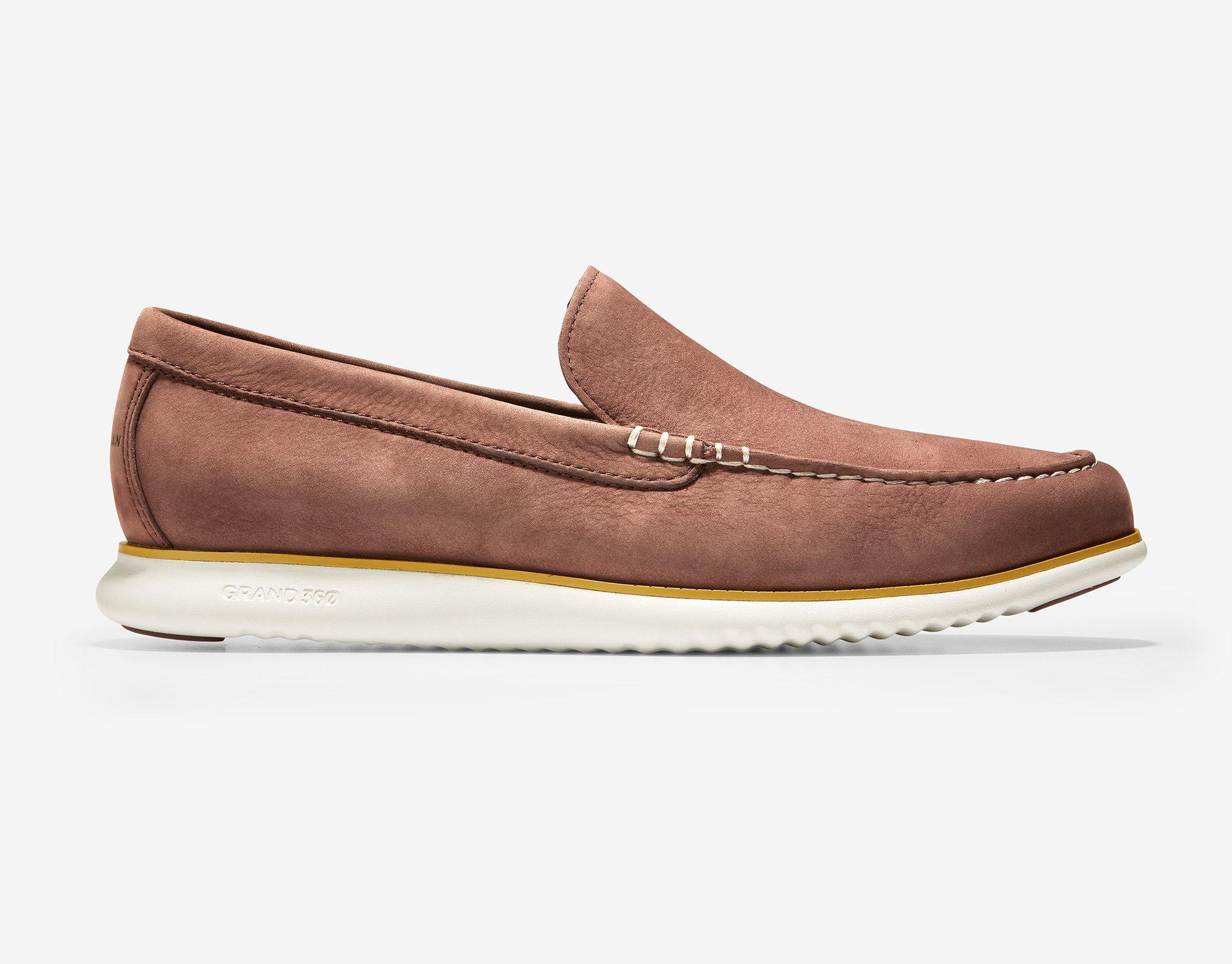 boat shoes slip on mens