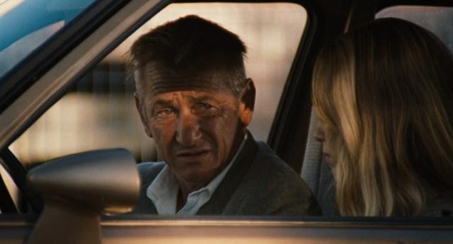 Sean Penn Embodies Notorious Counterfeiter in 'Flag Day' Trailer.jpg