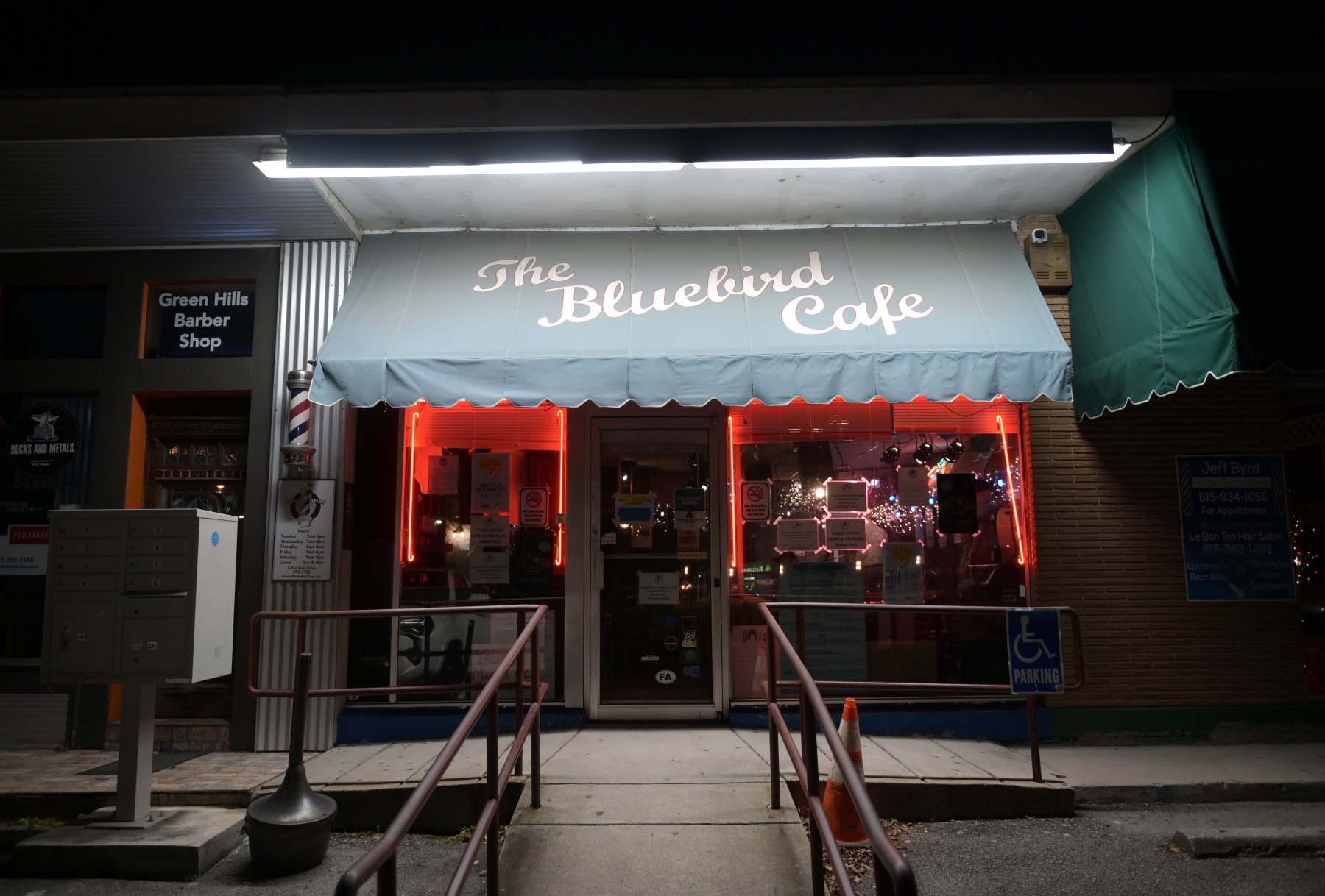 Nashville's Bluebird Cafe to Reopen 16 Months After Pandemic Closed Its Doors