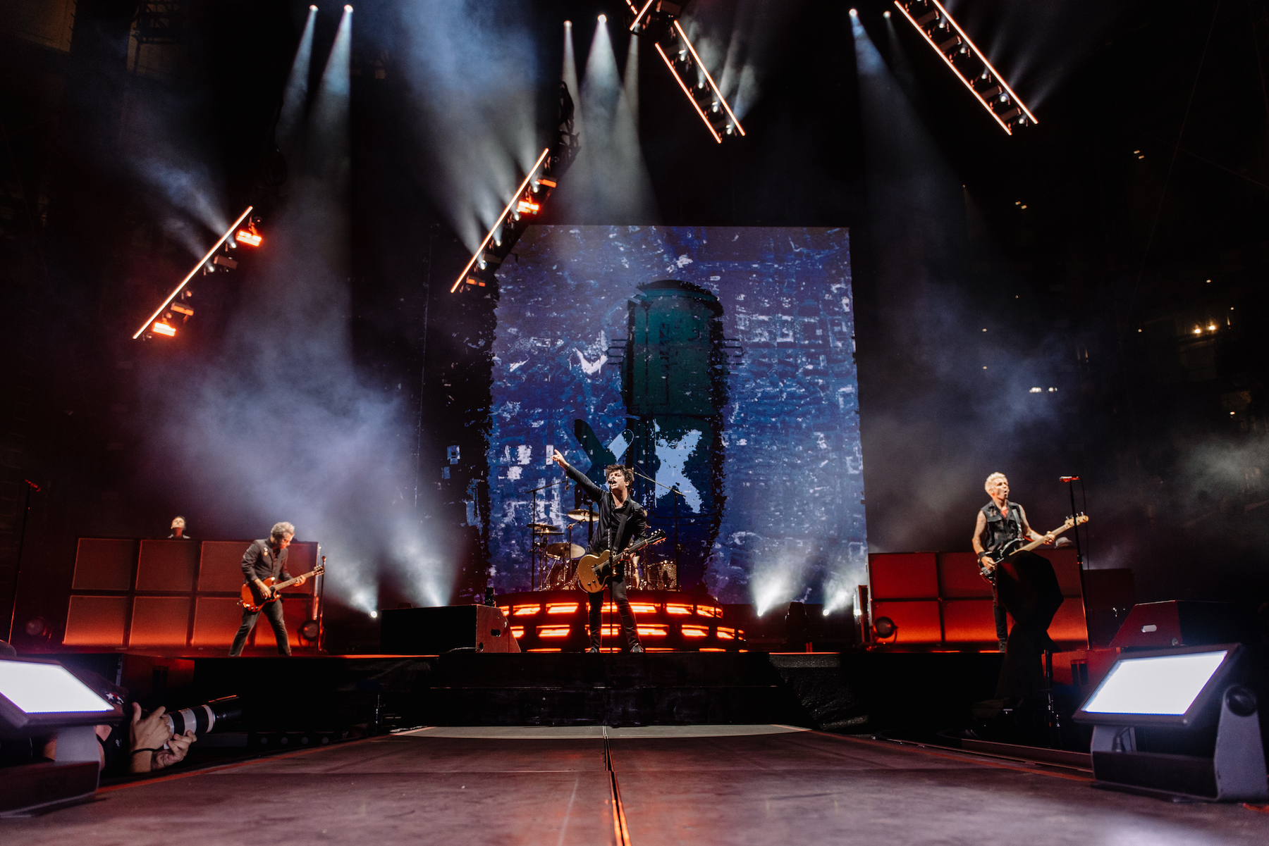 Green Day, Weezer, Fall Out Boy Launch 'Hella Mega' With Epic, Emotional Dallas Concert