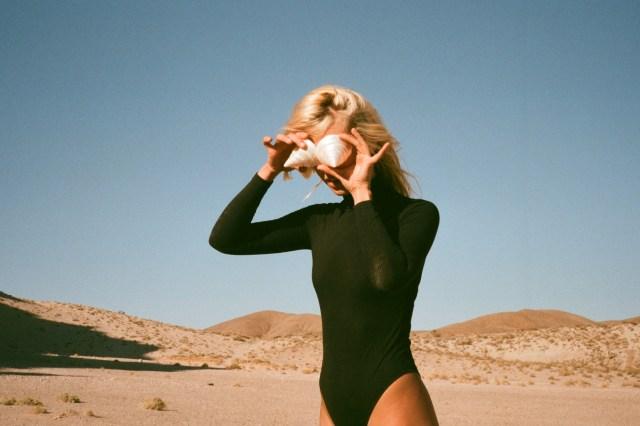 Natalie Bergman Taps Beck for 'You've Got a Woman' Cover, 'Paint the Rain' Remix.jpg