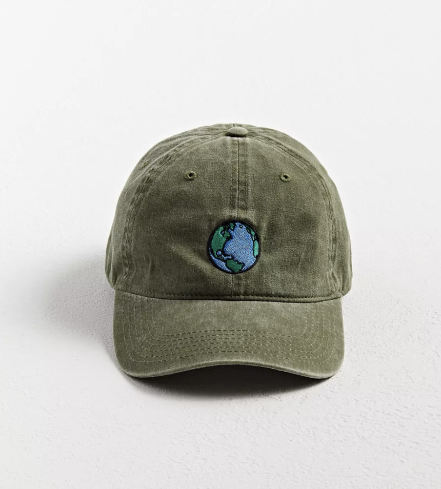 urban-outfitters-earth-embroidered-washed-baseball-best-dad-hats