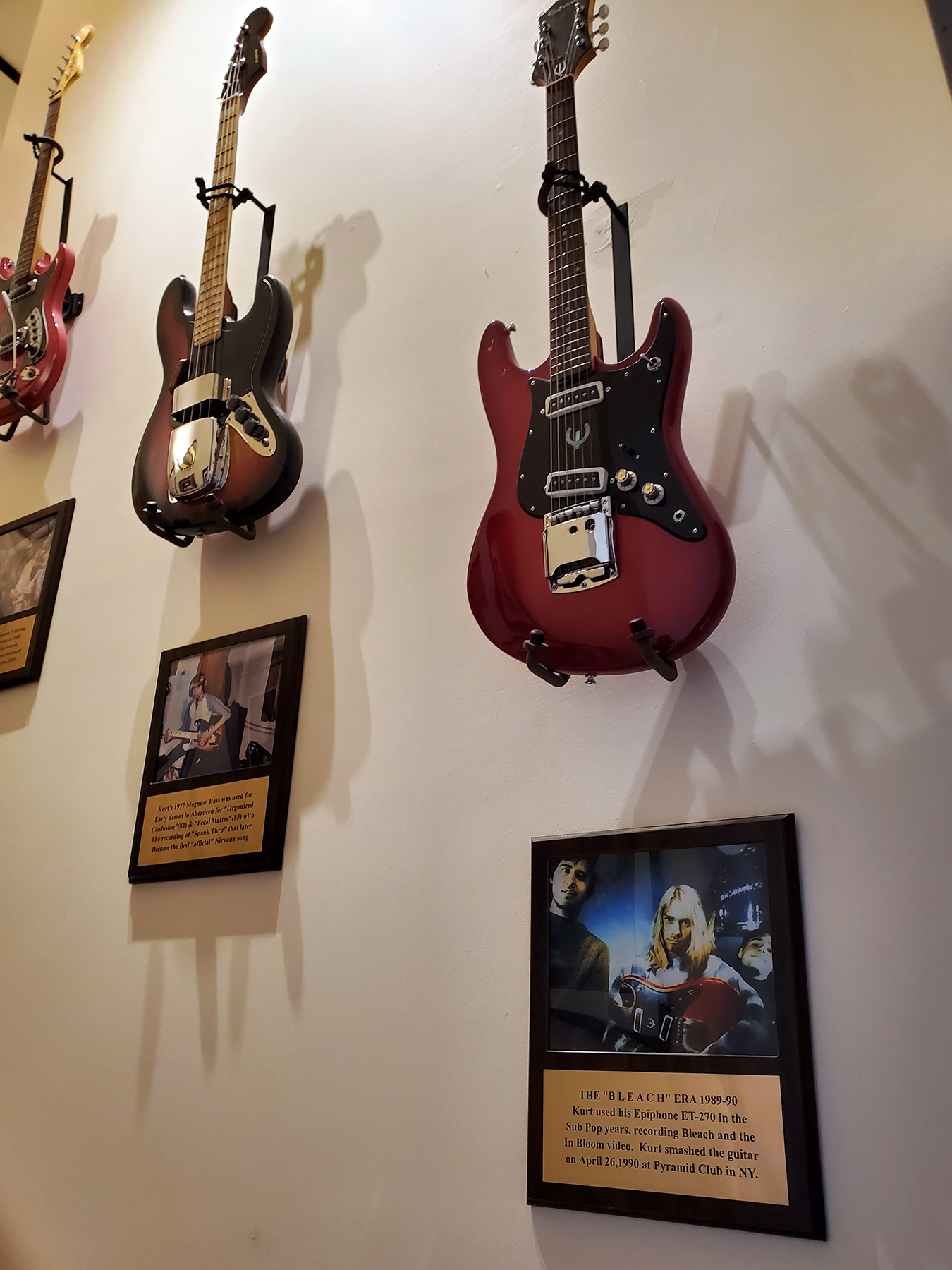 cobain house guitars