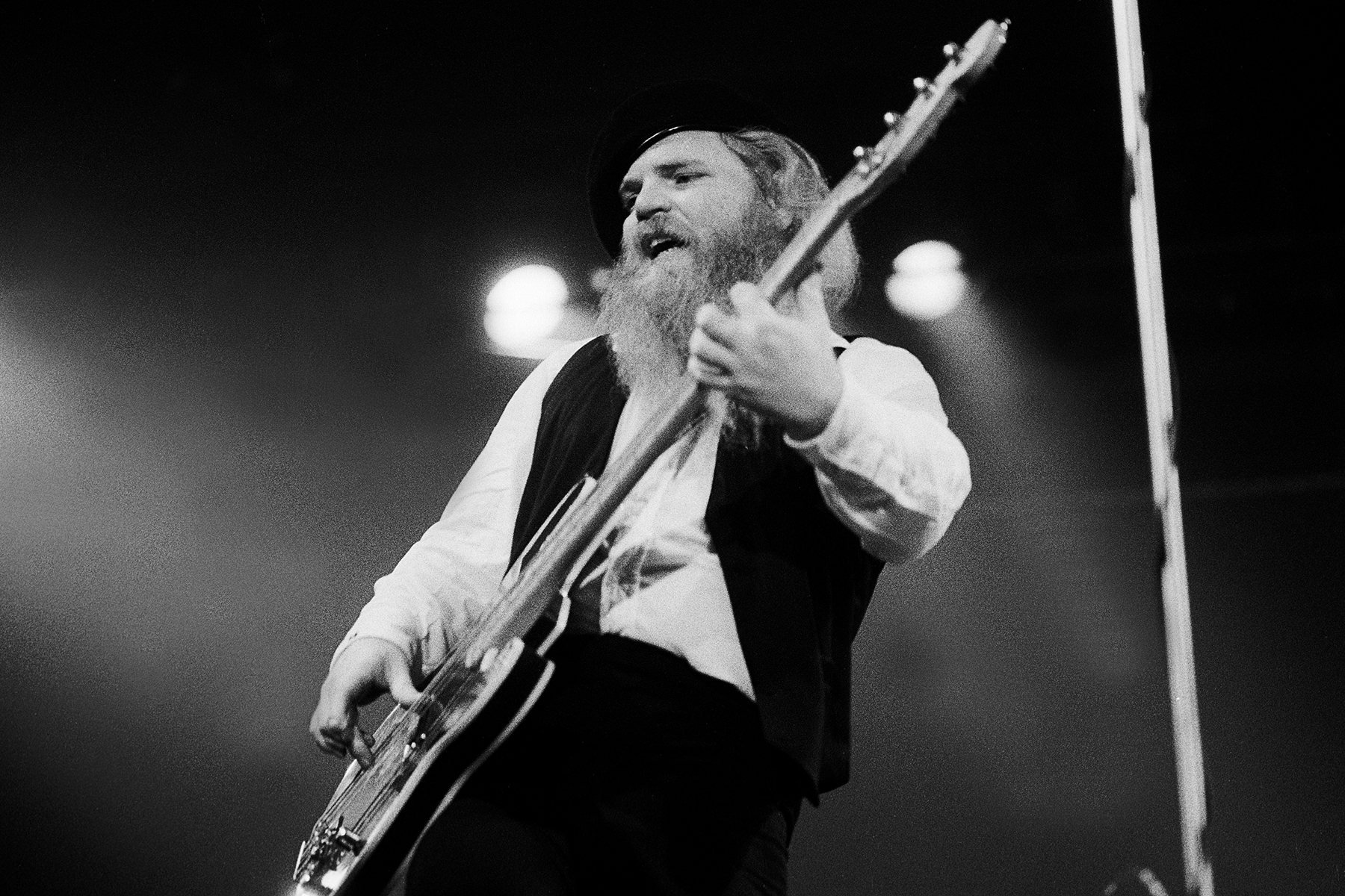 American Rock musician Dusty Hill, of the group ZZ Top, performs onstage at the Aragon Ballroom, Chicago, Illinois, March 14, 1980. (Photo by Paul Natkin/Getty Images)