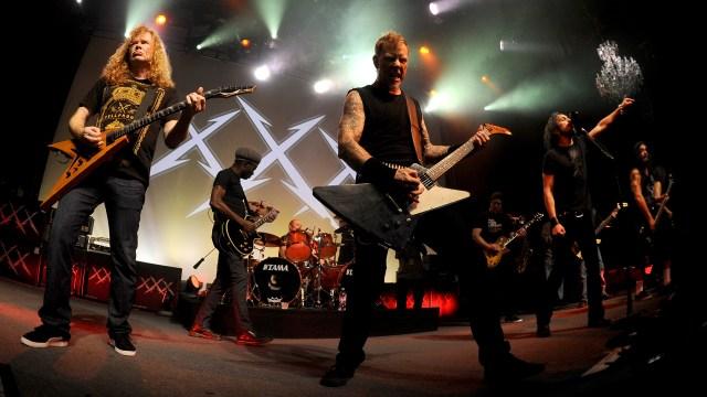 Flashback: Metallica Play 'Seek and Destroy' in 2011 With All Former Bandmates.jpg