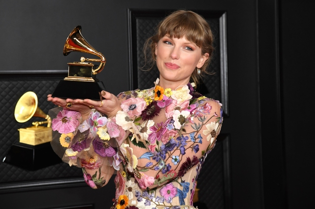 Taylor Swift Not Submitting 'Fearless (Taylor's Version)' for Grammys Consideration.jpg