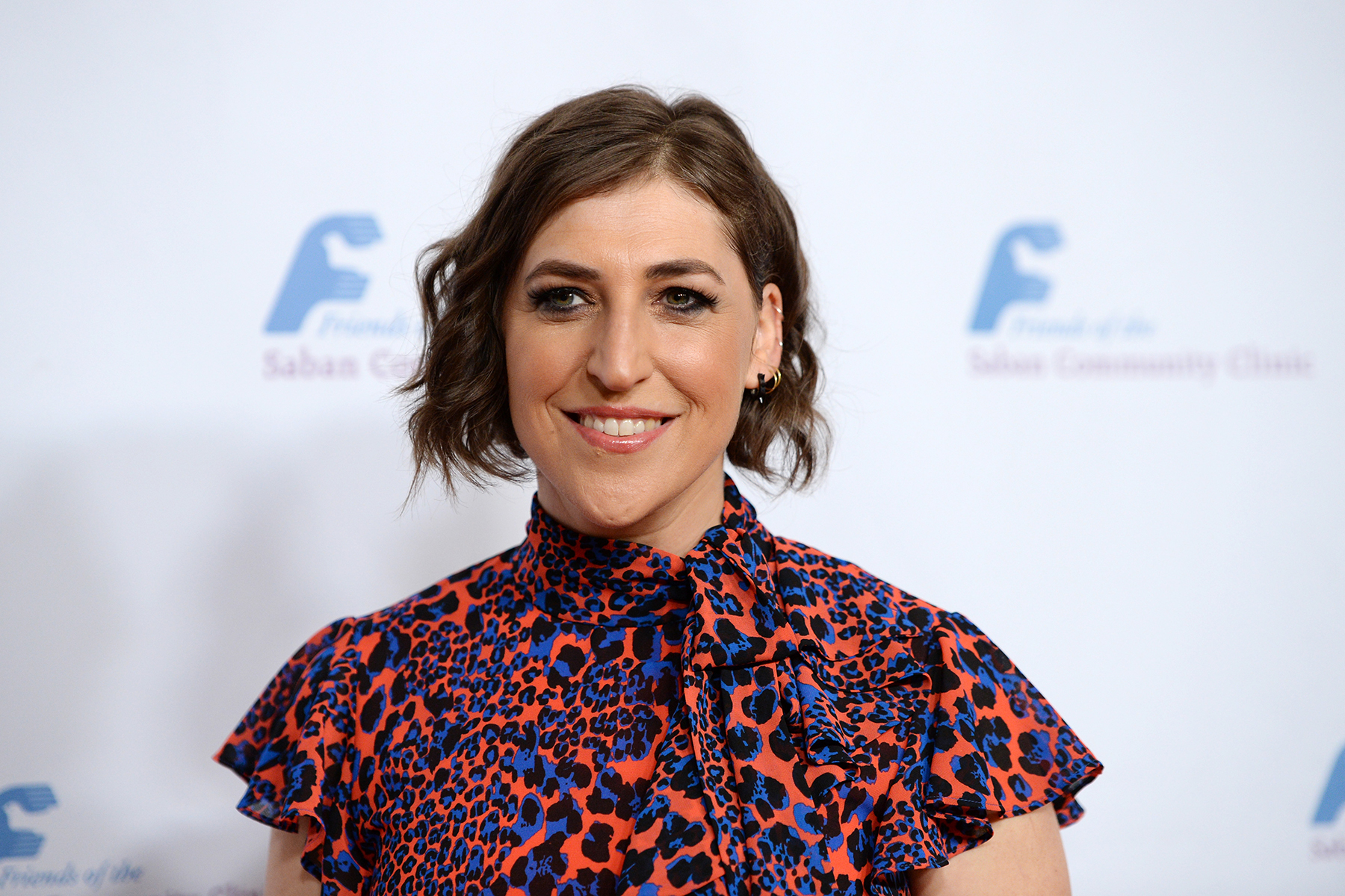 BEVERLY HILLS, CALIFORNIA - NOVEMBER 18: Actress Mayim Bialik arrives at the Saban Community Clinic's 43rd Annual Dinner Gala at The Beverly Hilton Hotel on November 18, 2019 in Beverly Hills, California. (Photo by Amanda Edwards/Getty Images)