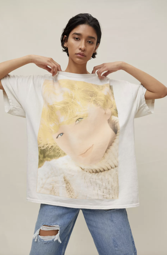 taylor swift t-shirt dress urban outfitters