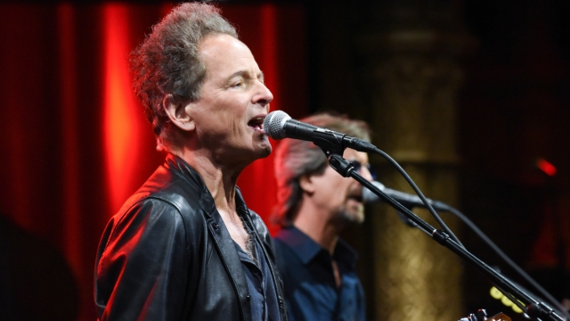 Lindsey Buckingham Brings Ripping Guitar Solos to Late-Night With 'On the Wrong Side'.jpg