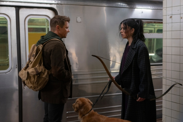 Jeremy Renner, Hailee Steinfeld Mix Holiday Cheer and Superhero Action in New 'Hawkeye' Trailer.jpg