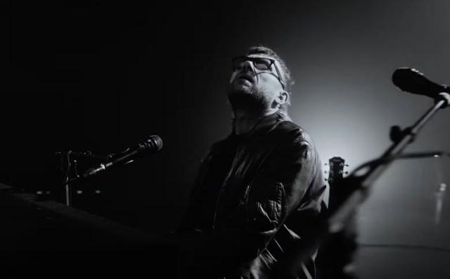 Damon Albarn Shares Live Rendition of Iceland-Inspired 'Royal Morning Blue'.jpg