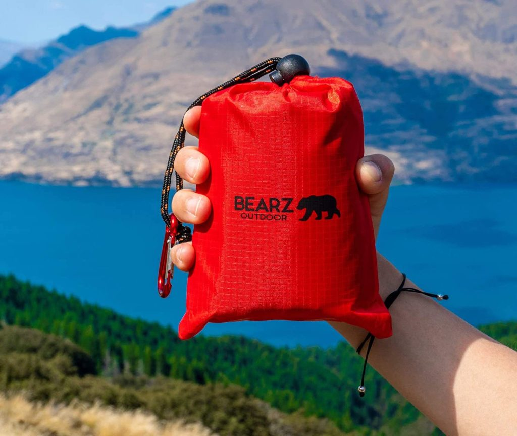 Bearz Outdoor Pocket Picnic Blanket