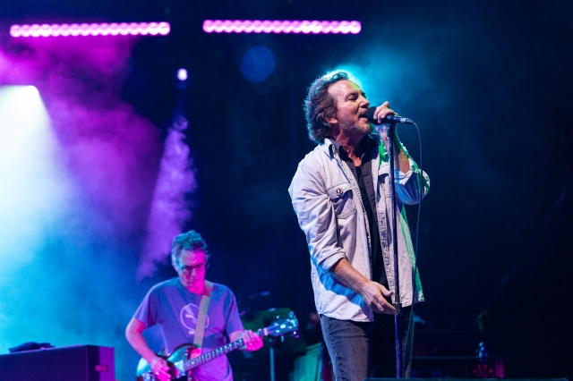 See Pearl Jam Debut 'Gigaton' Songs Live at First Concert in 3 Years.jpg