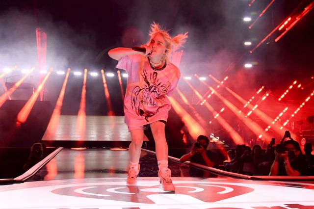 Watch Billie Eilish Perform to Packed Arena at iHeartRadio Festival.jpg