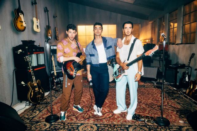 Jonas Brothers Want to Know 'Who's in Your Head' on New Song.jpg
