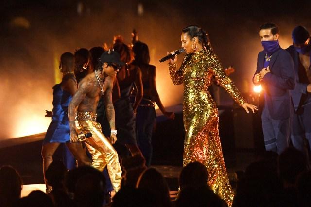 Alicia Keys, Swae Lee Debut New Single 'LaLa' at 2021 VMAs.jpg